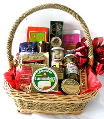Wedding Gifts Delivered Ireland : UK+Ireland Gift BasketsIrish Hampers: Ireland Gourmet Food Basket ...